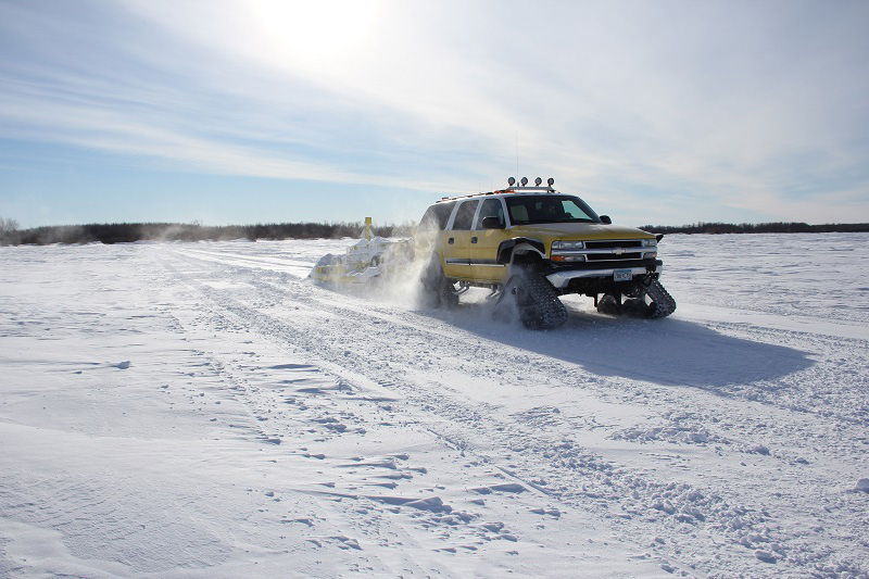 Chevy Suburban Grooming Dominator Tracks
