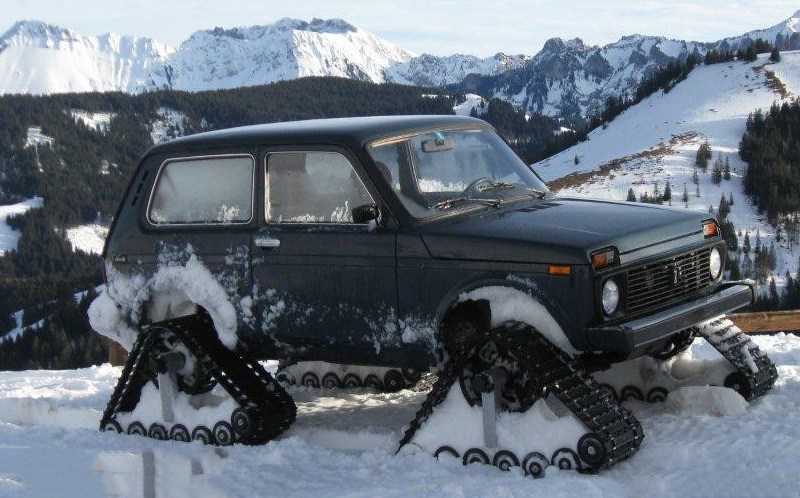 Lady-Niva-Switzerland-Lada-Niva-snow-tracks-dominator-truck-tracks-track-kit-system-3