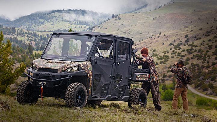 Ranger-Crew-900 3